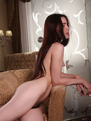 Frankie makes her debut in Metart, showing off her nubile body and hairy asset