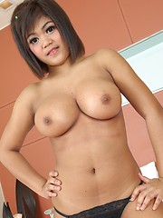 Short-haired Thai cutie with big tits gets fucked