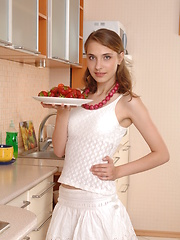 Food just like sex can bring satisfaction and this lovely sweetheart know it. Fresh body in horny outlook, amazingly hot babe.