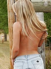 Naked schoolgirl Jewel visits Farmville