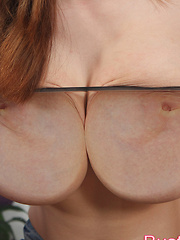Busty Buffy shakes her massive titties on camera